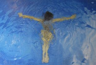 Mandy Underwater, 135 x 170 cm, 2017, Öl auf Leinwand